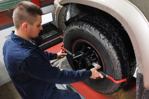 bad alignment affects tires